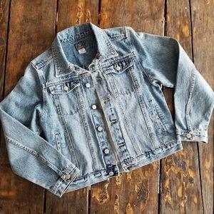 Lucky brand Denim Jean Trucker style Jacket Large
